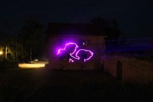 Grafik-Lasershow.de- küssen